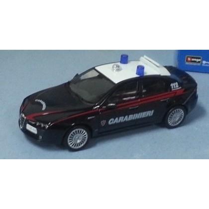 Металлическая модель BBurago 18 24010 Security Team Alfa Romeo 159 Polizia