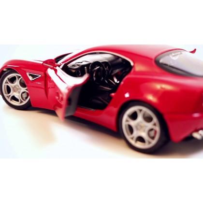BBurago 18 11021 Металлическая модель Alfa Romeo 8C
