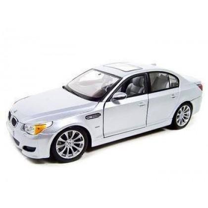 Коллекционная модель Maisto 31144 BMW M5